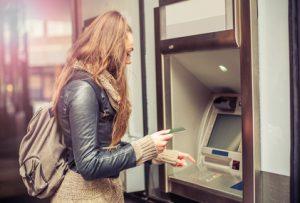 Bargeldabhebung im Ausland per Kreditkarte
