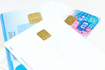 Debitkarte und Kreditkarte