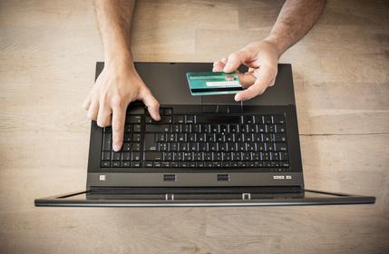 mit Kreditkarte zahlen