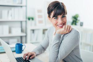 Frau online Kreditkartenantrag